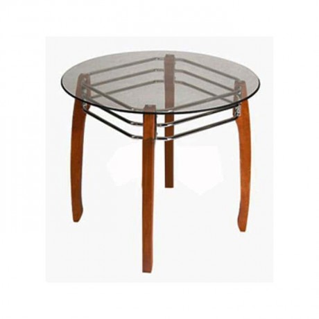 Round Table with Wooden Legs - cms04