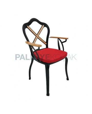 Arnavutluk Sandalye
