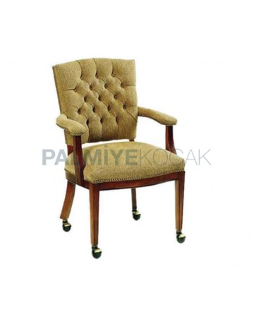 Classic Chair with Quilted Arm