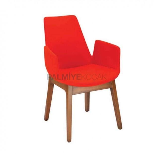 Kırmızı Derili Döşemeli Ahşap Renkli Kollu Poliüretan Sandalye
