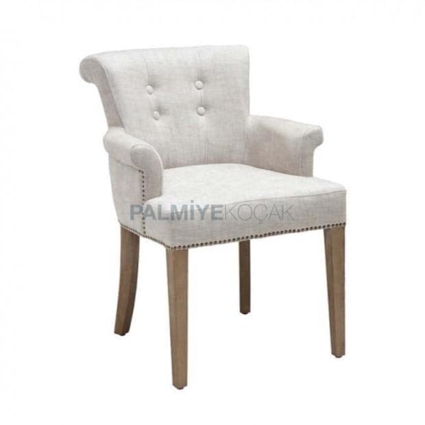 Beyaz Deri Döşemeli Düğmeli Kollu Ahşap Sandalye