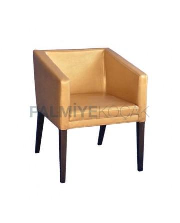 Gold Deri Döşemeli Kollu Ahşap Sandalye