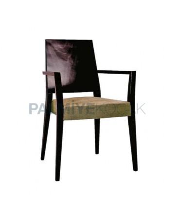 Krem Kumaş Döşemeli Venge Boyalı Ahşap Kollu Sandalye