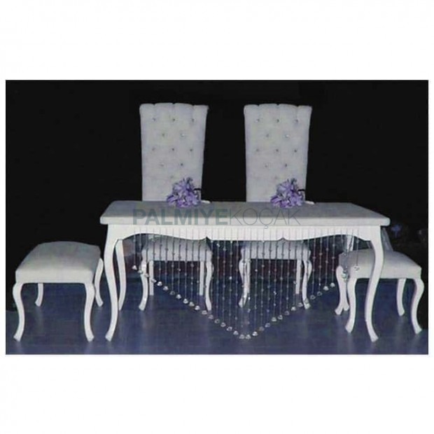 White Bridal Groom Table Set