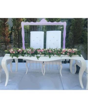 Classic Bride Groom Chairs Avant-garde Wooden Wedding Table Chair Set
