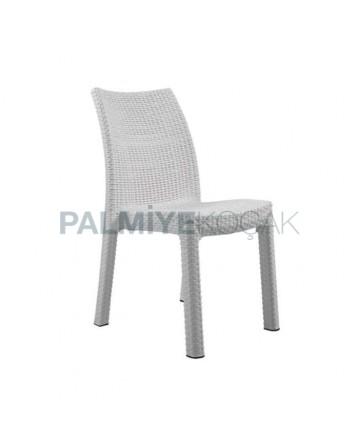 Beyaz Örmeli Rattan Bahçe Sandalyesi
