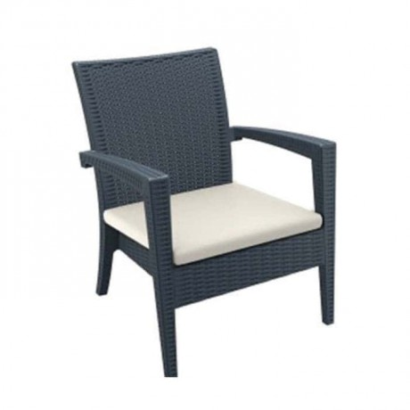 Siyah Renkli Kollu Minderli Kış Bahçesi Rattan Enjeksiyon Sandalyesi - tps9897