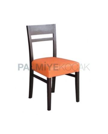 Turuncu Deri Döşemeli Ahşap Restoran Sandalyesi