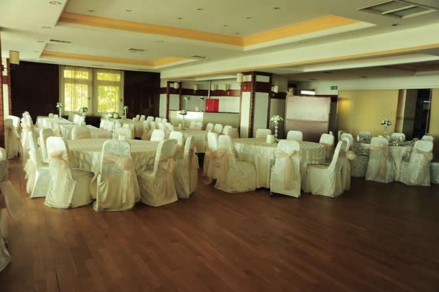 Pendik Düğün Salonu Sandalyesi
